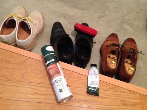 靴磨きセットです(^^)