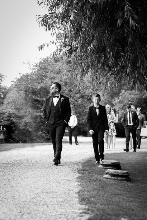 Groom & bestman heading to the ceremony