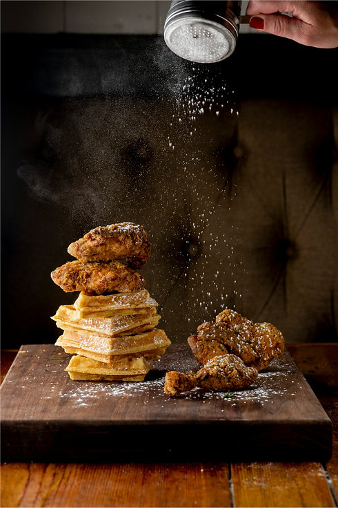 chicken-waffles-classic-american-diner-s