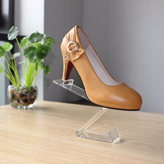 מתקן תצוגה לנעליים 2.jpg