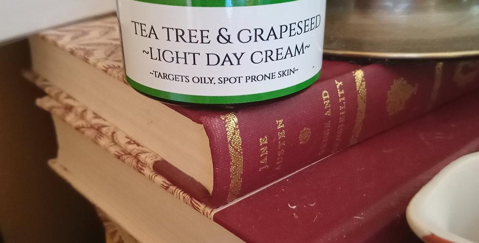 Tea tree & grapeseed light face cream