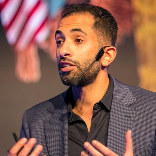 د. محمد السويدان: العقل المطاطي: نبع الإبداع