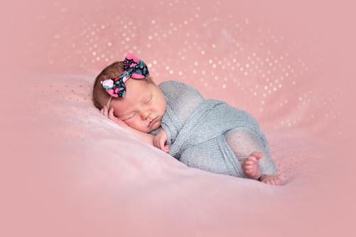 newbornphotos (2 of 19).JPG