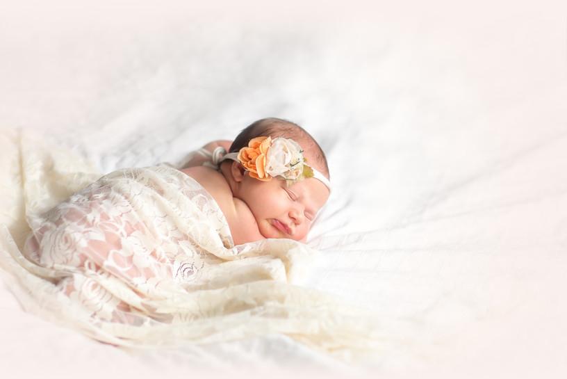 newbornphotos (14 of 19).JPG