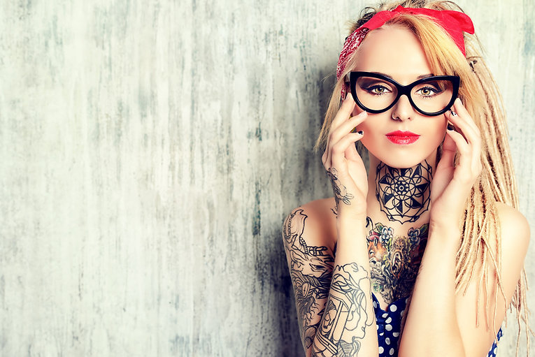 Piercingstudio Kempten Allgäu, Tatto, Piercing, Laserbehandlung, schmuckauswahl, tattoo stechen