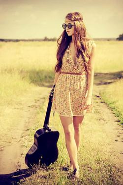 Frau Gitarre