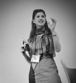 Prof. Emily S. Cross