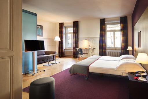 LadysFirst Hotel