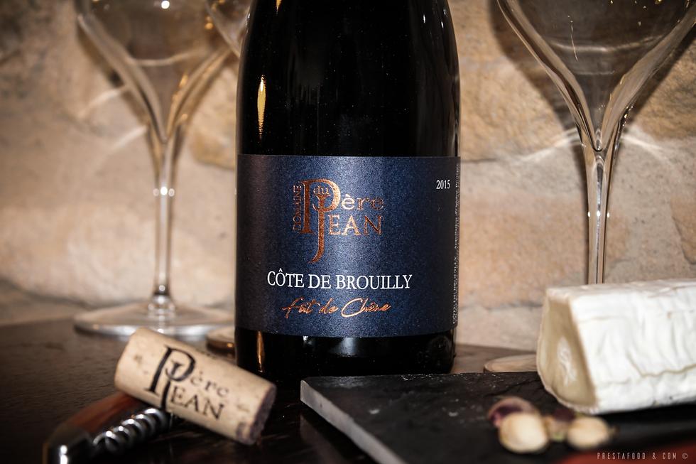Côte de Brouilly Fût de chêne 2015 Domaine du père jean excellent vin beaujolais
