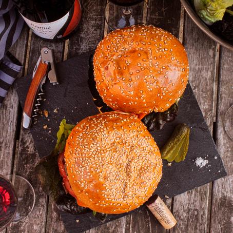Smoky Burger et Beaujolais : Prêt pour l'été