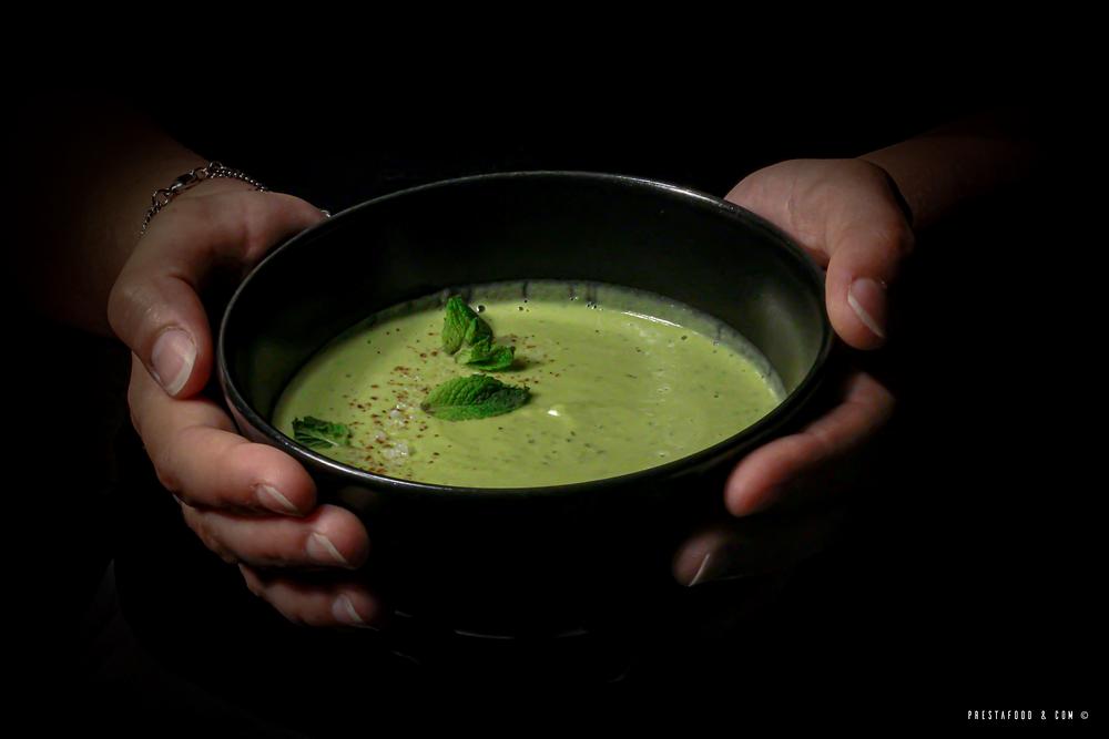 Crémeux glacé de petit pois frais à la menthe photo culinaire de Prestafood & Com