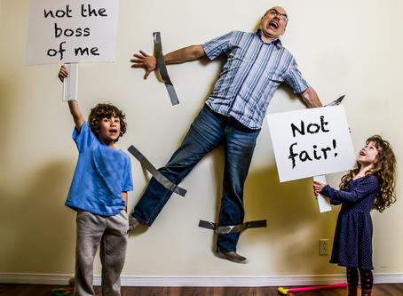 Ignorar certos comportamentos do seu filho é a melhor maneira de evitar que eles se repitam
