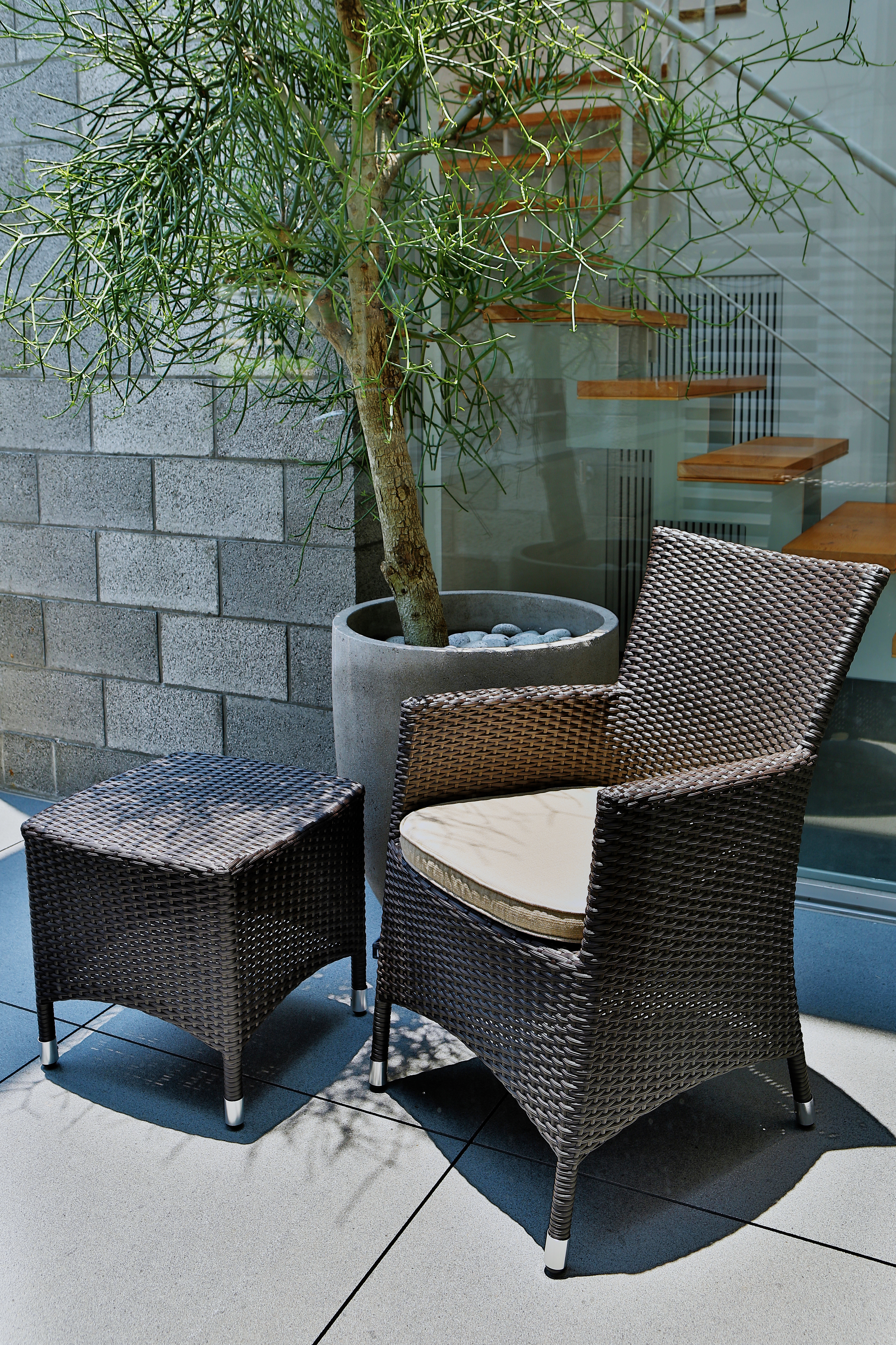 新朵莉系列單人椅+新朵莉系列邊桌