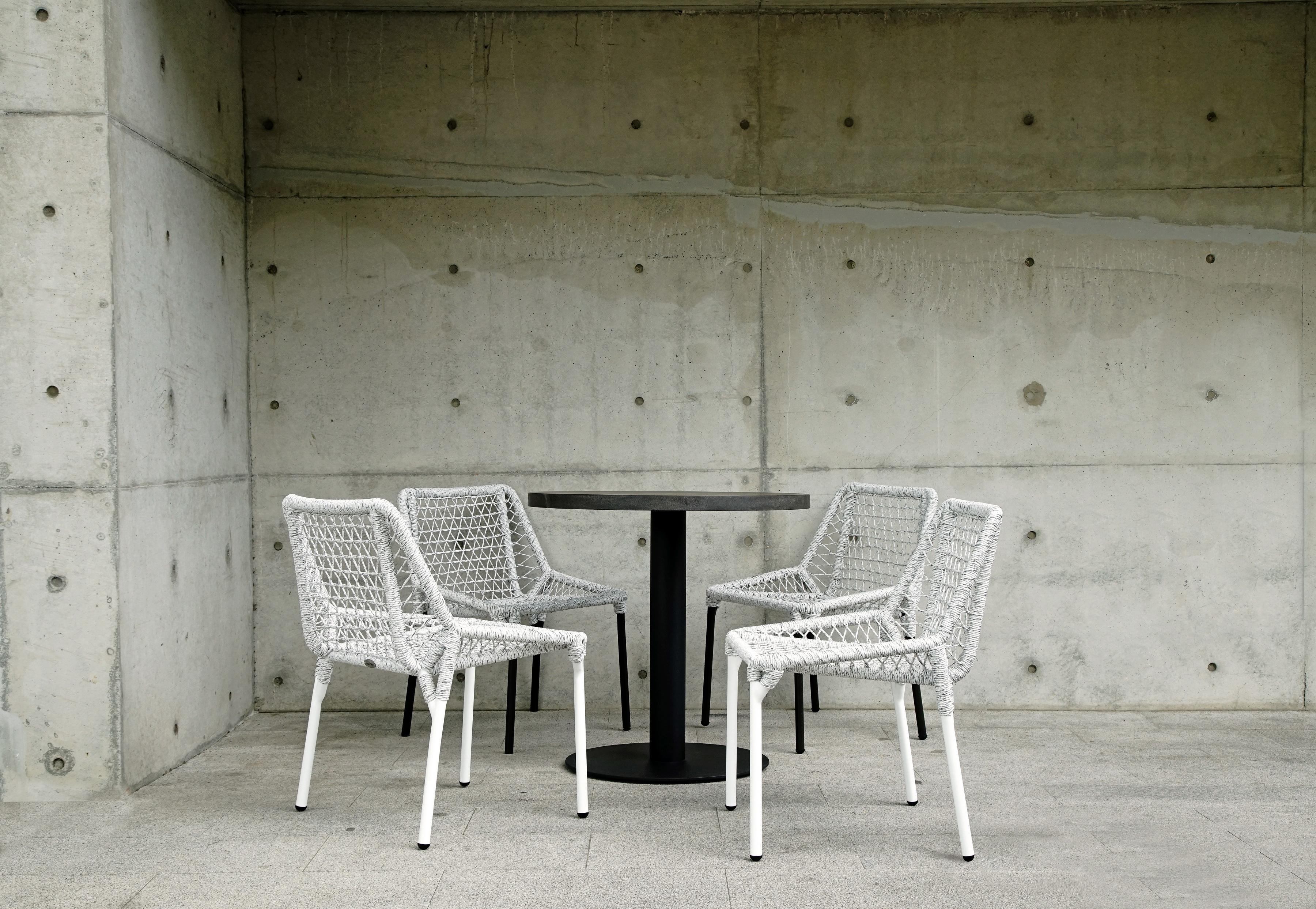 克拉克一桌四椅