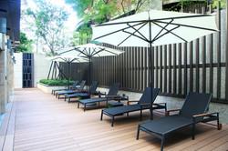 卡列斯系列躺椅+太陽傘組