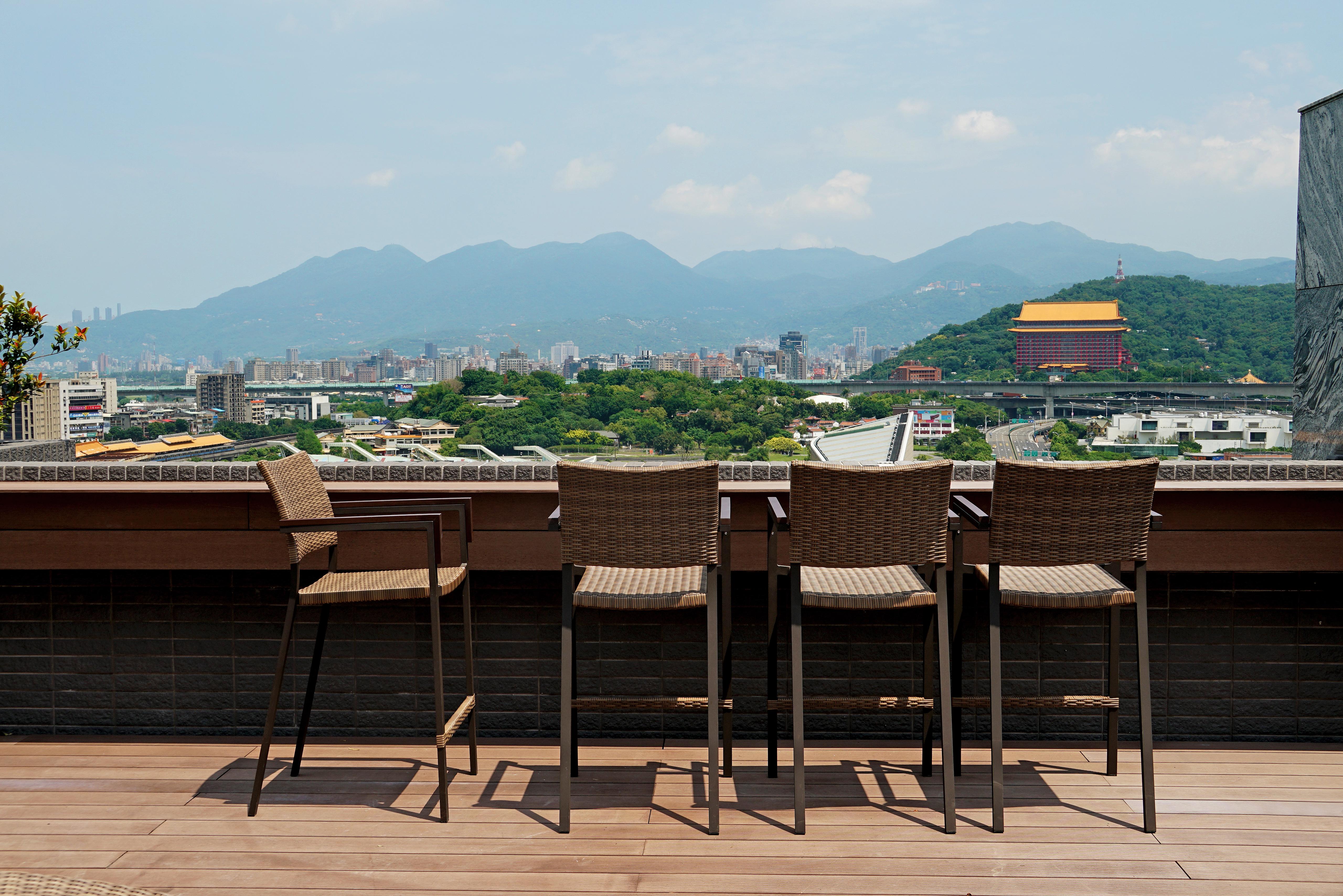 巴西高腳椅 原木色