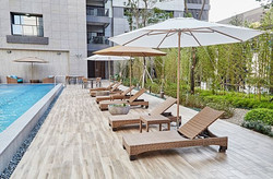 卡列斯系列躺椅+經典TUUCIParasol太陽傘