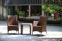 朵莉系列扶手椅+ㄇ型編藤桌