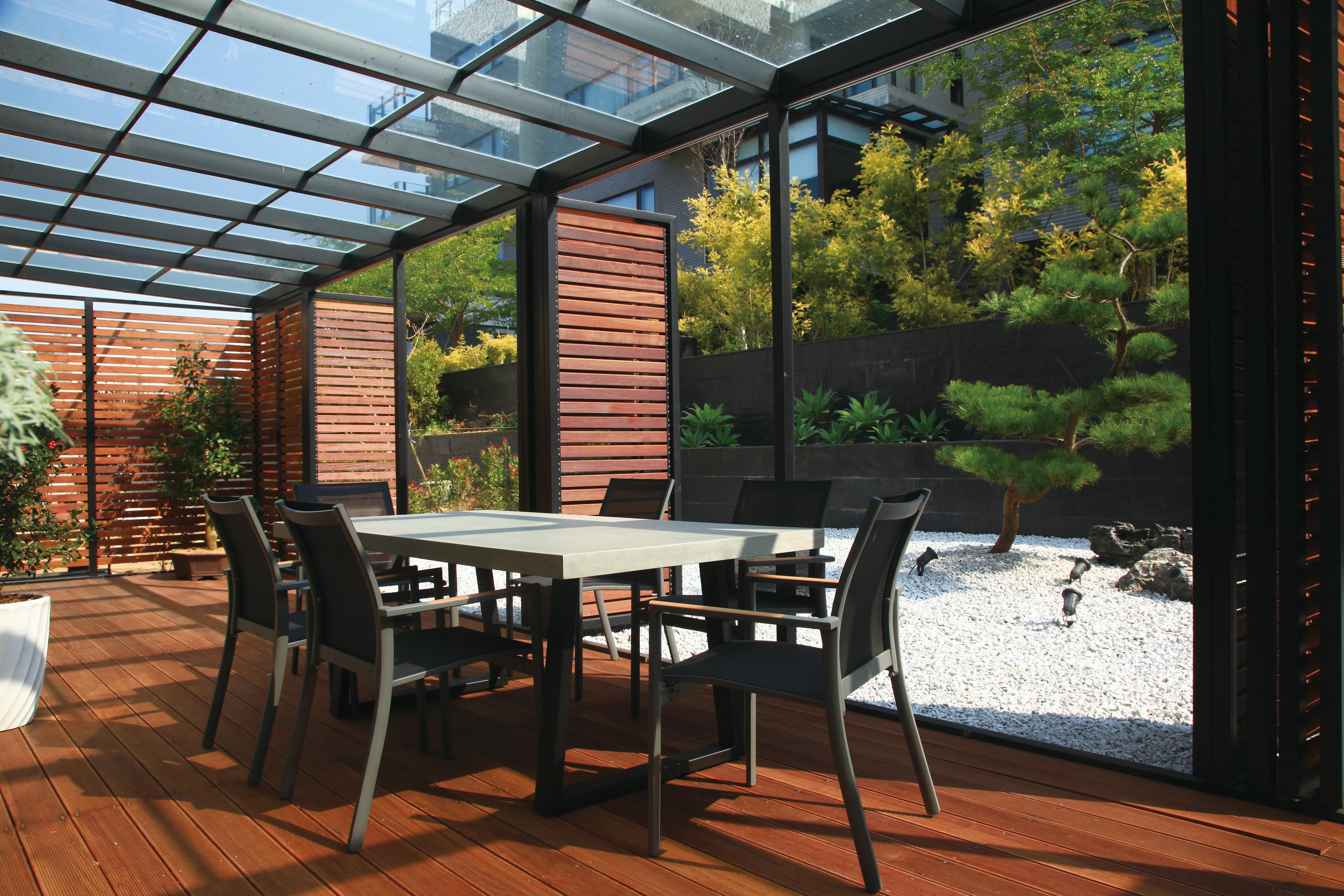 Lavastone系列梯形長桌 / 黑色網布椅