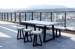 Lavastone系列梯形桌 / 板凳