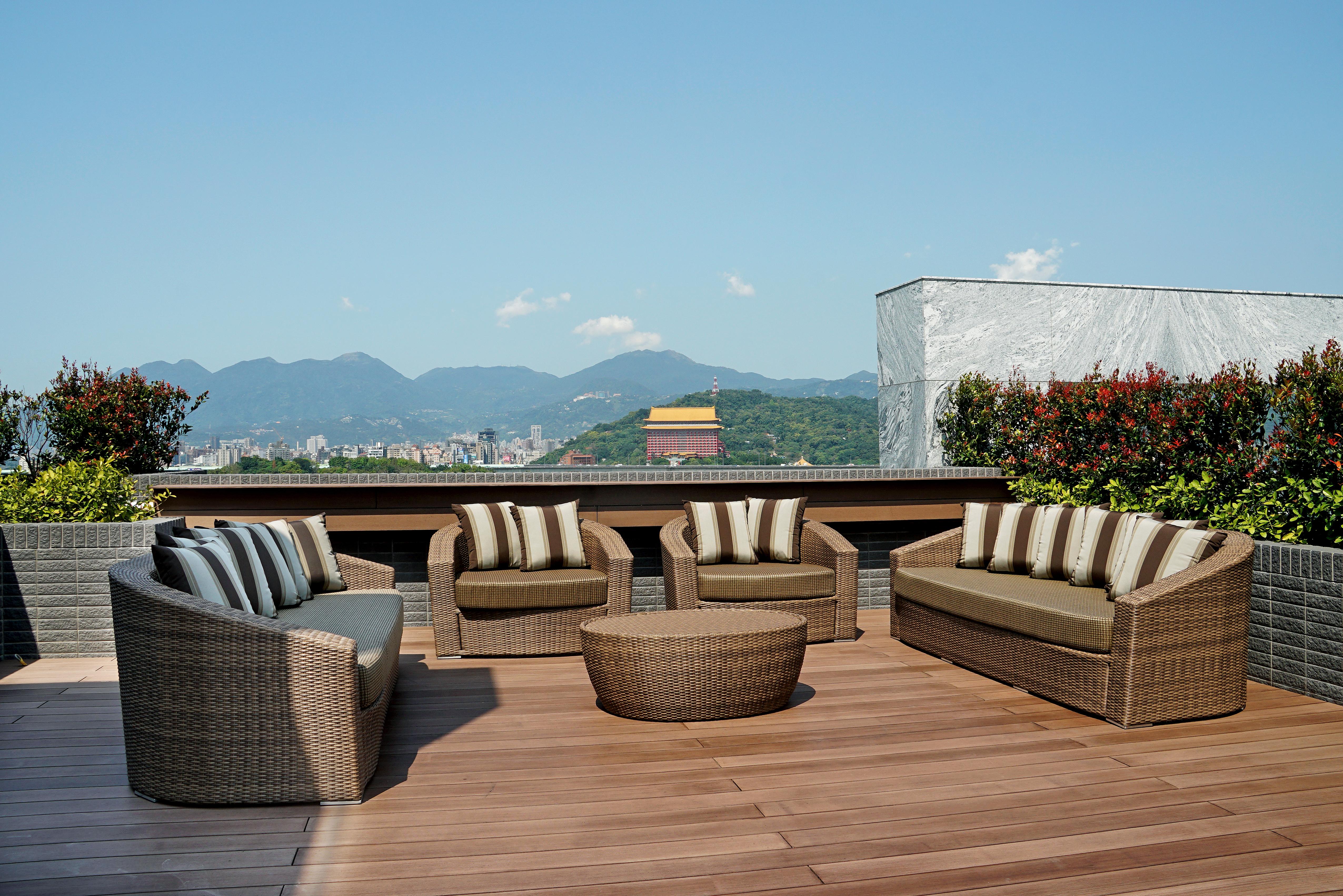 卡夏爾系列沙發組+橢圓桌