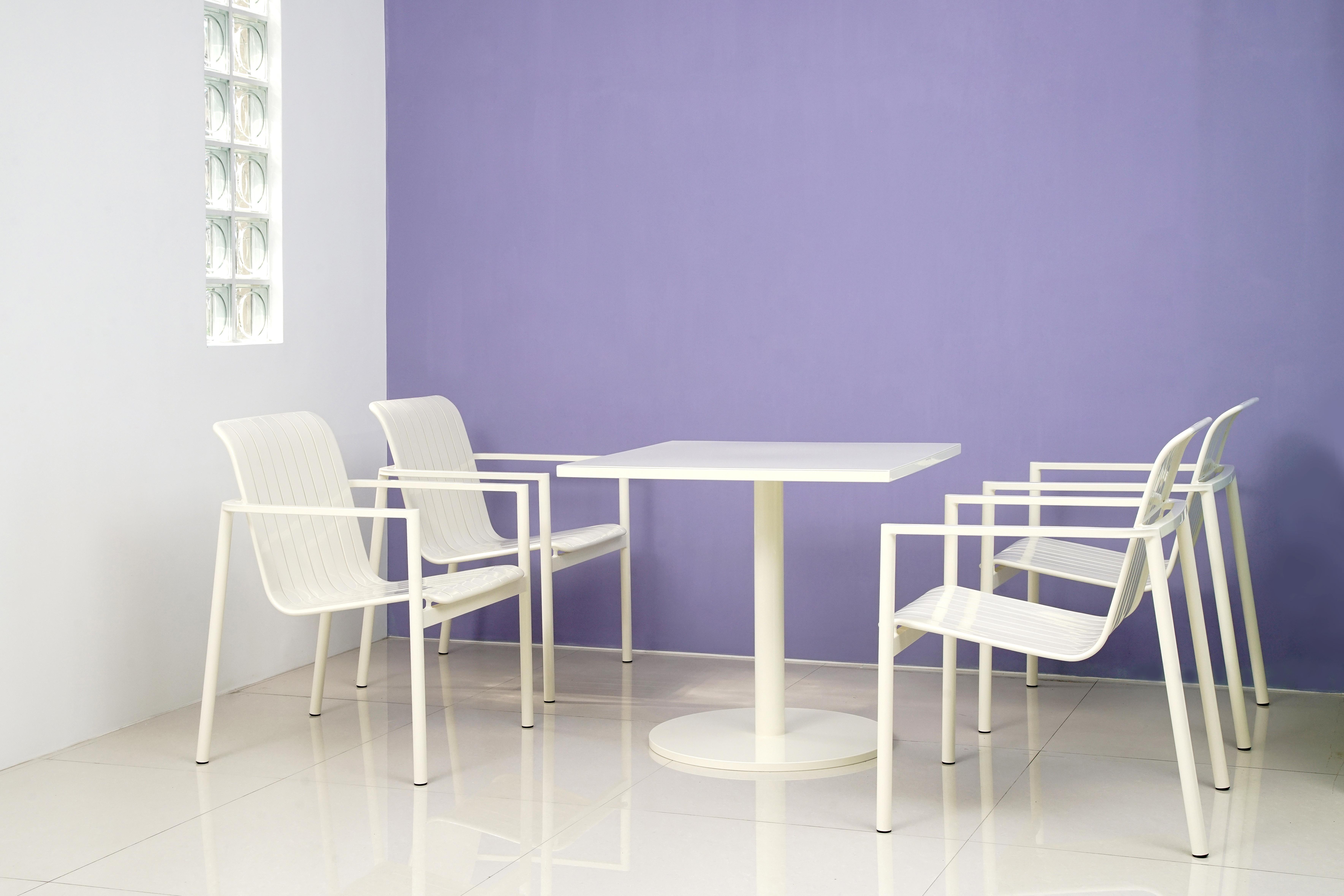 白色貝登桌椅組