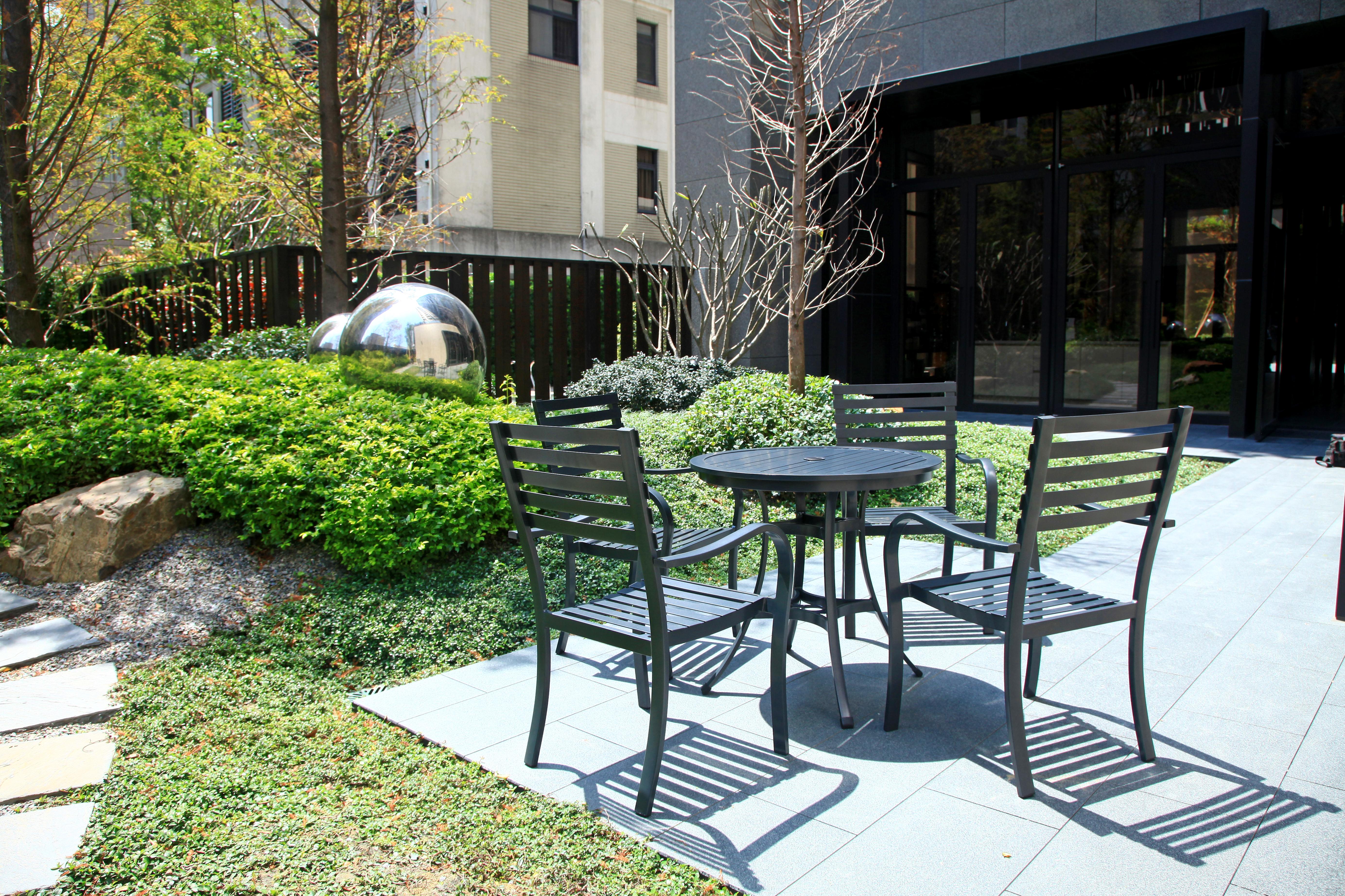 綠地系列戶外餐桌椅