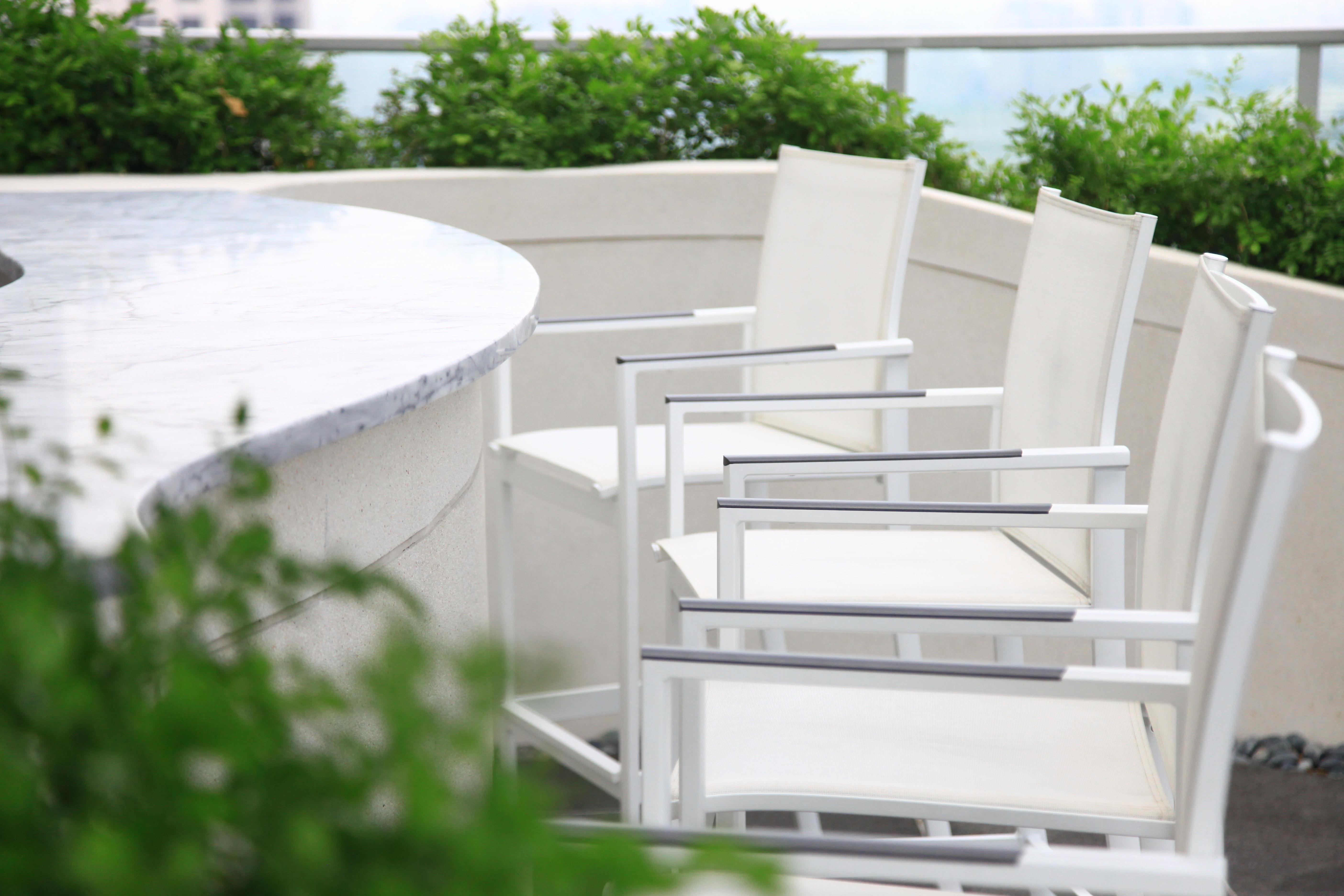 網布高腳椅/白色