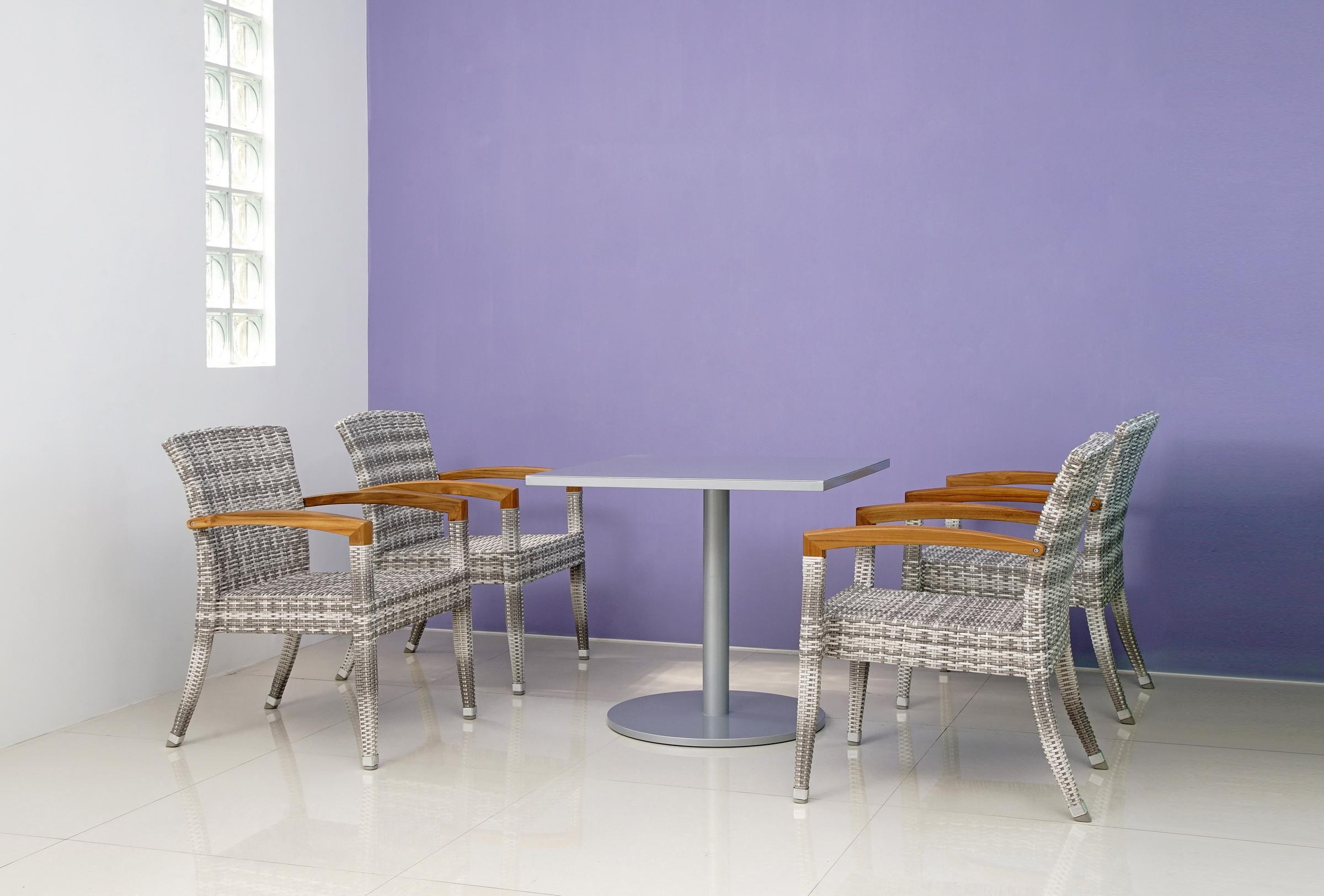 羅馬灰白雙色+銀灰色鋁板方桌-1