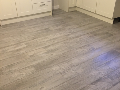 Porcelain Wooden Effect Tiles or Hardwood Floors?