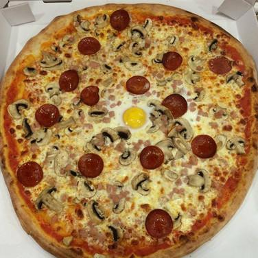 Carletto's Mia Special Pizza