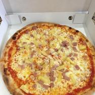 Carletto's Hawaiian Pizza