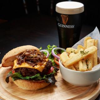 O'Malley's Bangkok - Beer Burger & Chips