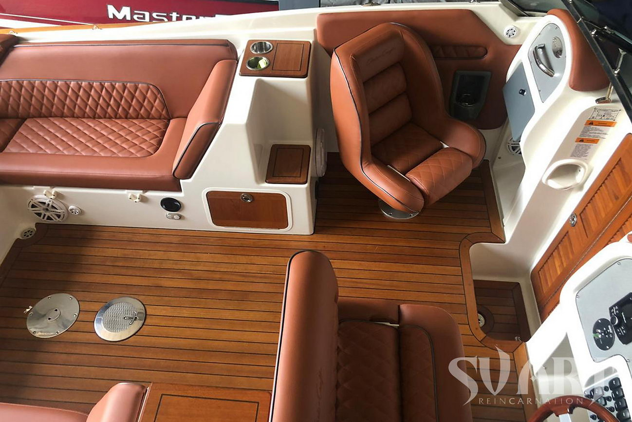 перетяжка сидений катера
