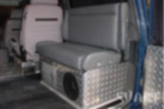 Land Cruiser 70 тюнинг салона.jpg