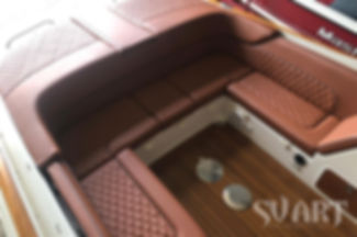 перетяжка диванов яхты