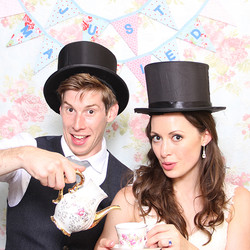 vintage wedding photo booth hire