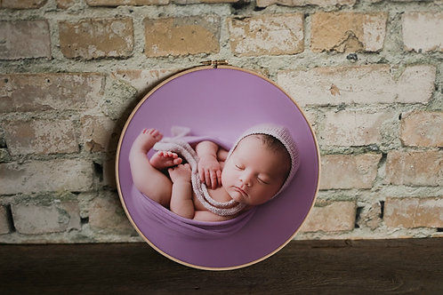 Heirloom Round Canvas 26cm