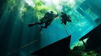 tec-sidemount-diver.jpg