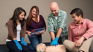 emergency-first-response-instructor.jpg