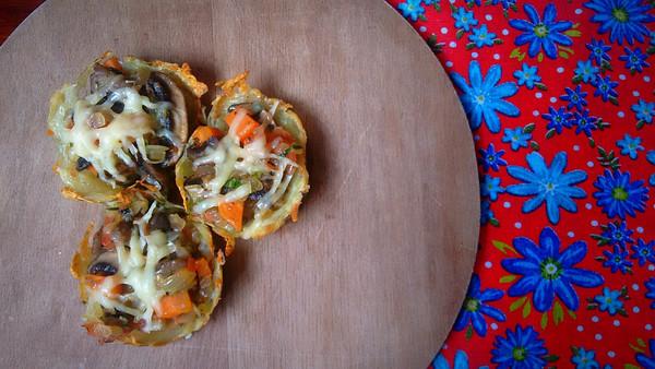 Cestinha de batata com legumes