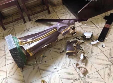 Imagens sacras foram quebradas em ato de vandalismo na Igreja Católica de Taquaritinga do Norte