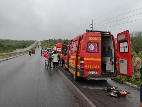 Acidentes deixam 8 mortos em rodovias de Pernambuco no fim de semana