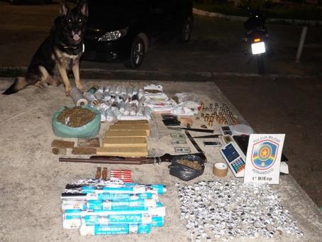 Três pessoas são presas em Caruaru com mais de 9 quilos de maconha