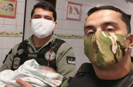 PM's salvam recém-nascido que se engasgou com leite no Recife