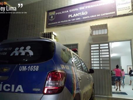 Bandidos levam mercadoria avaliada em mais de R$ 100 mil de comerciantes na PE-160 em Santa Cruz