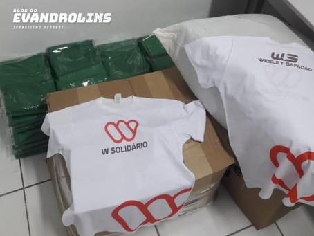 Projeto social de Wesley Safadão faz doação de 400 lençóis para Hospital de Toritama