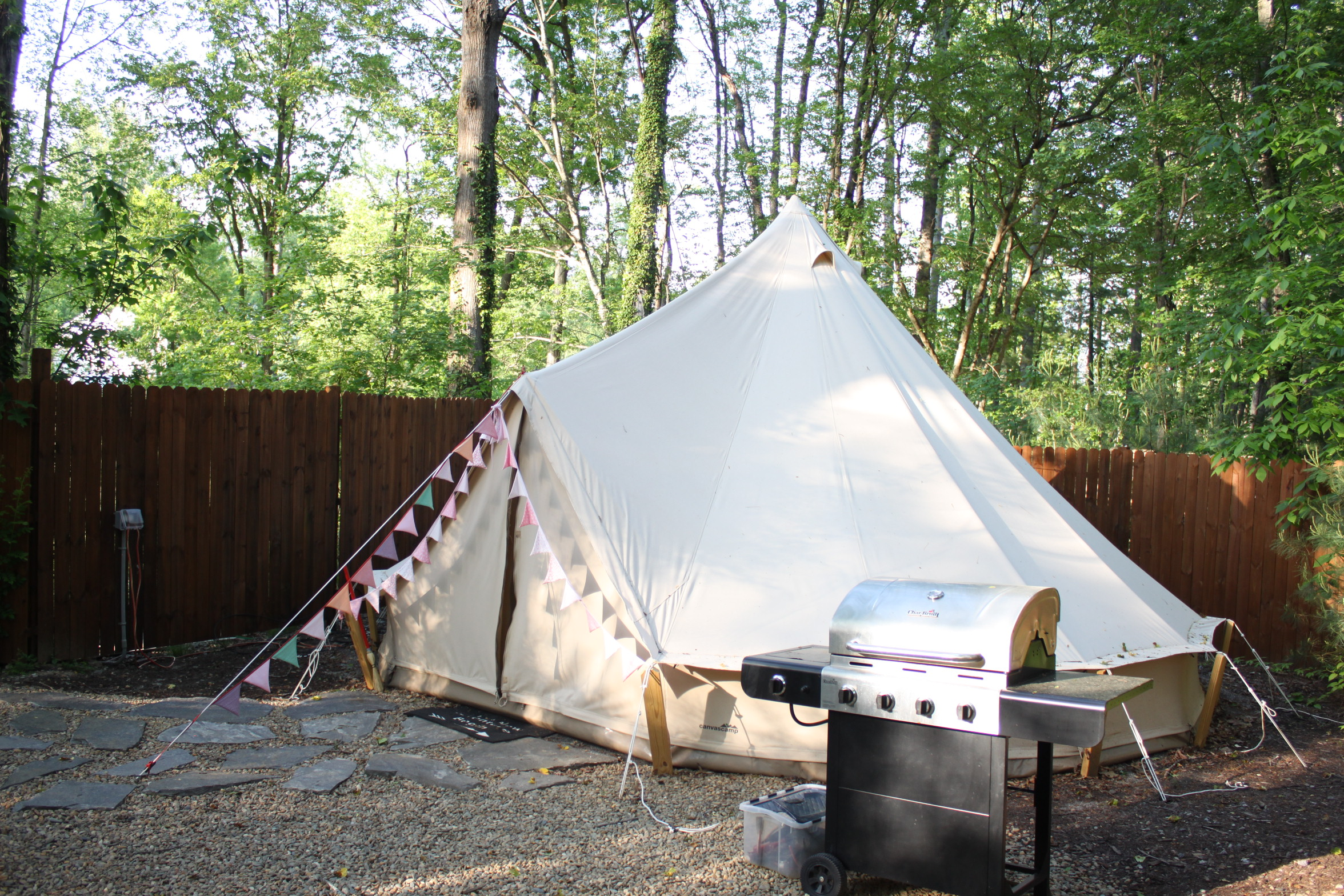 Deluxe Bell tent & Deluxe Bell tent | Asheville North Carolina Glamping Vintage ...