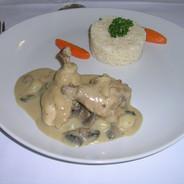 La cuisine - Plat (Chamsidine).JPG