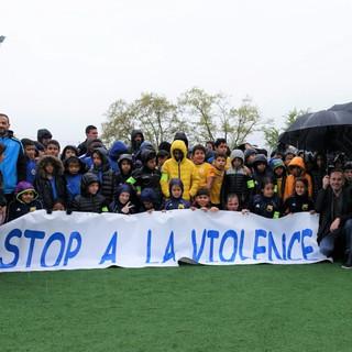 01_-_Stop_à_la_violence.jpg